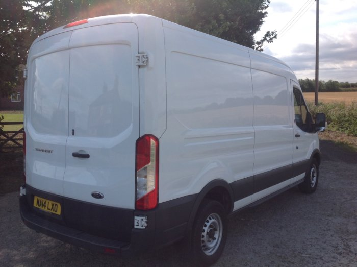Ford Transit 2.2 TDCi 125ps Chassis Cab Panel Van Diesel White