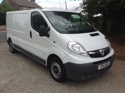 Vauxhall Vivaro 2.0CDTI [115PS] Van 2.9t Euro 5 Panel Van Diesel WhiteVauxhall Vivaro 2.0CDTI [115PS] Van 2.9t Euro 5 Panel Van Diesel White at AMH Autos Ltd Selby